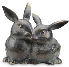 Never find yourself without your house key again with the help of the San Pacific International Snuggling Bunnies Key Box Garden Statue. The rustproof aluminum statue has a hidden compartment for holding your key safely out of sight but within easy reach. Rabbit Hide, Bunny Rabbit, Bird Statues, Garden Statues, Hide A Key, Rabbit Sculpture, Garden Sculpture, Key Box, Metal Garden Art