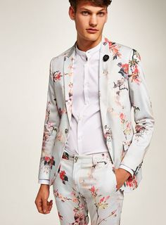 White floral ultra skinny suit - new this week - new in - topman malaysia Top Fashion, Mens Fashion Suits, Mens Suits, Topman Suits, Floral Suit Men, Mens Floral Blazer, White Tuxedo Wedding, Prom Suits For Men, Skinny Suits