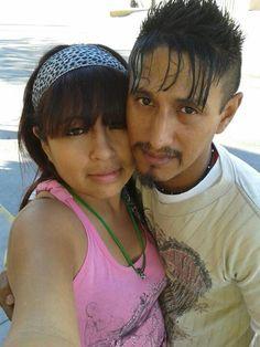 Luis Ricardo y esposa