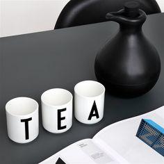 Kies de letter van je naam of spel een woord met een aantal mokken van deze collectie! #designletters #teatime