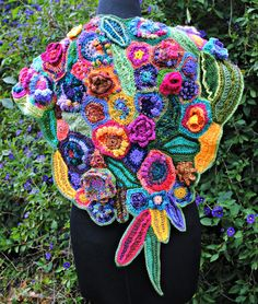 The IFFFG have an annual fiberart challenge. This blog-site is the culmination of ALL the years and ALL the challenges so far.