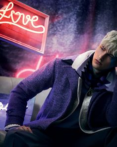 London-based periodical, The Financial Times , taps Thomas Cooksey to shoot platinum-haired model Benjamin Jarvis for a neon-lights heavy . Ivan Bubalo, Gilbert Beilschmidt, Tomorrow Is Another Day, Financial Times, Aesthetic Boy, Victoria, Young Fashion, Men Fashion, Urban Photography