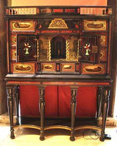Apparat, Objet D'art, Display, Cabinet, Furniture, Antwerp, Antique Shops, Floor Space, Clothes Stand