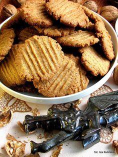 Ciasteczka orzechowe, bardzo kruche | Smaczna Pyza Sweet Little Things, Cake Cookies, Apple Pie, Macarons, Sweet Tooth, Food And Drink, Appetizers, Cooking Recipes, Sweets