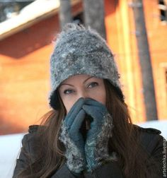 """Купить Комплект валяный """" А за окном февраль"""" шляпа валяная, перчатки валяные"""