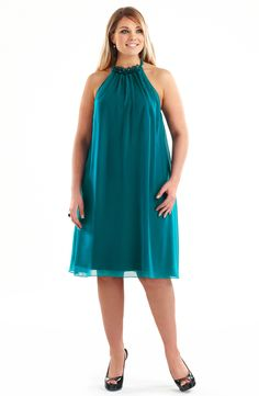 Halter Party Dress/Teal Style No: Fully lined Chiffon knee length halter neckline dress. This party dress features beading trim on thye neckline edge. There is a sheer panel just above the bustline. Evening Dresses Plus Size, Plus Size Dresses, Plus Size Outfits, Summer Dresses, Formal Dresses, Summer Outfits, Dresses To Hide Tummy, Evening Dresses Australia, Pretty Dresses