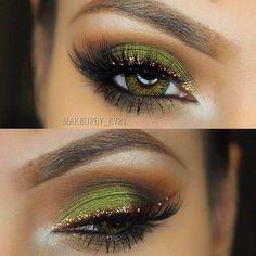 31 Pretty eye make-up for green eyes – hairstylesx.site 31 Pretty eye make-up for green … Pretty Eye Makeup, Makeup Looks For Green Eyes, Gold Eye Makeup, Beautiful Eye Makeup, Pretty Eyes, Love Makeup, Skin Makeup, Green Makeup, Gold Eyeliner