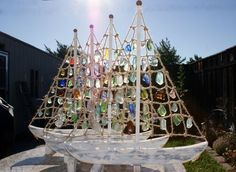 Seaglass Sail boats. Love these! They look like the ones on Waves of Seaglass' facebook page.