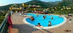 Hotel Degli Ulivi - Gragnano, Nikon Coolpix L310, 4.5mm,1/800s,ISO80,f/3.1, panorama mode segment:2, 201507141835
