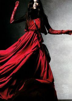 Red, bienenkiste:  Bonnie Chen by Daniel Jackson