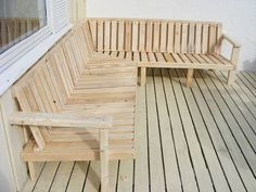 Outdoor Furniture Pallet Outdoor Sofa Made From Pallet Wood - How to design an outdoor sofa and get the ergonomics right for maximum comfort. I made this one out of pallet wood and regular carpentry skills, but you could e… Outdoor Furniture Plans, Diy Pallet Furniture, Diy Pallet Projects, Outdoor Sofa, Cool Furniture, Outdoor Decor, Pallet Ideas, Furniture Ideas, Outdoor Pallet