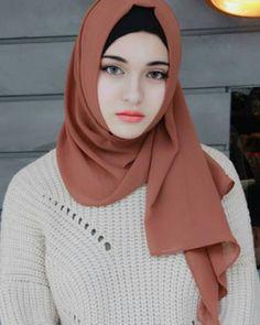 "2,892 Likes, 7 Comments -  hijab style icon  (@hijabstyleicon) on Instagram: "" @reysignatureblog ♡♡♡♡♡♡♡♡ #tesettur#hijabfashion #hijabstyle #hijabbeauty…"""