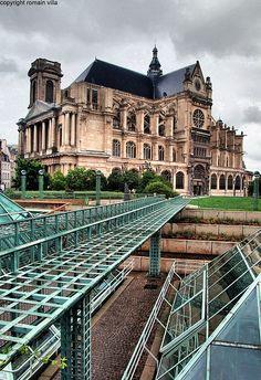 Eglise St Eustache vue des  Halles, Paris