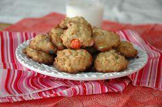 M oatmeal cookies