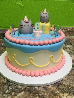 Clara's Pusheen birthday cake. Cat Cupcakes, Animal Cupcakes, Pusheen Cookies, Pusheen Birthday, Water Birthday, 90th Birthday Cakes, Pusheen Cat, Molang, Crazy Cakes