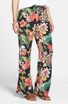 Tropical wide leg pants.