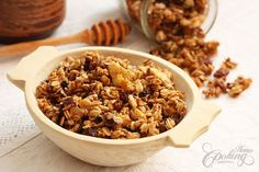 Homemade Granola - I've been looking all over for this =)