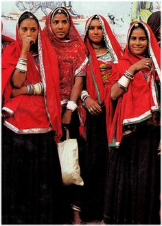 Traditional Rajasthani women's clothes