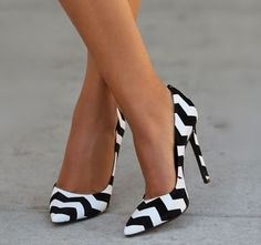 shoes / black and white / preto e branco / sapatos