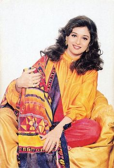 Photo Bollywood Heroine, Bollywood Actress, Beautiful Indian Actress, Beautiful Actresses, Madhuri Dixit Hot, Rare Images, Ethereal Beauty, Beauty Full Girl, Indian Models