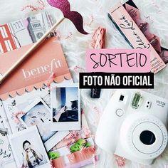 SORTEIO  Eu @vireiadulto @maridevogeski e @brunaramosfe estamos sorteando esta câmera fotográfica instax estilo Polaroid!! Para concorrer procure a foto oficial no perfil do @vireiadulto e siga as regras direitinho. O resultado sai dia 17/07! BOA SORTE  . . . #sorteio #sorteios #promoção #sorte #boasorte #Bauru #grandesmulheres #fotografia #photo #photooftheday #picoftheday #instax
