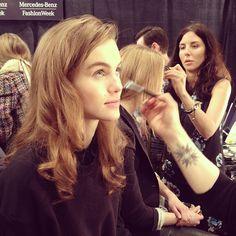 Laura Mercier makeup in motion backstage at Jenny Packham