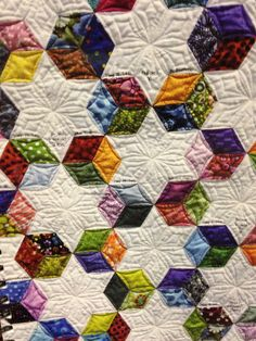 Tumbling Blocks quilt by Jessica Alexandrakis, Metro Mod quilt guild, featured at Quilting with a Modern Slant