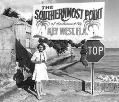 Looks a little different today.it looked like this when I lived there. Key West Florida, Old Florida, Vintage Florida, Florida Usa, Florida Travel, Florida Keys, Florida Beaches, South Florida, Key West Vacations