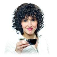 Frauenperücke Bea ist eine individuell angefertigte Echthaarperücke als Haarersatz und Zweithaar.