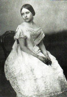 Princess Victoria 'Vicky', Eldest Daughter of Queen Victoria.  She became Empress of Germany and Queen of Prussia when she was 48, but her husband died 99 days after becoming Emperor.  Her son, Kaiser Wilhelm, succeeded as Emperor.