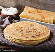 Soft Layered Kenyan Chapati's ways) - Pika Chakula Soft Chapati Recipe, Chapati Recipes, Chapati Recipe Kenyan, Kenya Food, Indian Food Recipes, Kenyan Recipes, African Recipes, Latest Recipe, Galette