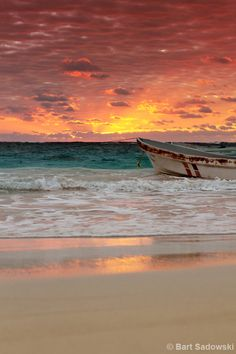 Estellar. Old boat, by the beach, sunrise, sunset, water, waves, sand, clouds, sunbeams, reflections, beauty of Nature, gorgeous, stunning view