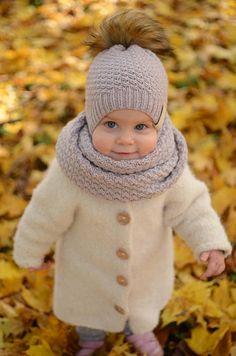 Knitted Toddler Girl Hat Knit Toddler Girl Beanie Merino Source by Knitting For Kids, Baby Knitting, Gripe Water, Girl Beanie, Baby Sleepers, Pom Pom Hat, Pom Poms, Baby Socks, Girl With Hat