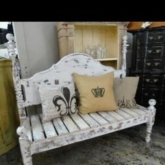 Custom made benches out of head boards Great idea for the old headboard I have in storage. Bench Furniture, Repurposed Furniture, Furniture Projects, Furniture Making, Furniture Makeover, Home Projects, Painted Furniture, Home Furniture, Repurposed Doors