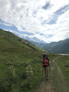 WELCOME TO GEORGIA, WELCOME TO THE CAUCASUS: travel report from Svaneti, the Kazbegi region and Tbilisi – silvia gattin's behind the scenes blog Mountain Bike Tour, Mountain Range, Mount Everest Base Camp, Travel Report, Five Star Hotel, Day Hike, New Adventures, Us Travel, Old Town