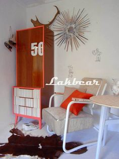 Lakbear has shared 1 photo with you! Apartment Entry, Recycled Materials, Picsart, Fashion Photo, Retro Fashion, Mid Century, Stripes, Indoor, Cool Stuff