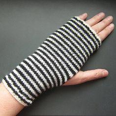 Breton Striped Handwarmers | AllFreeKnitting.com