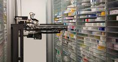 http://ift.tt/2iEI0vJ http://ift.tt/2j1pzz7  Esta farmacia inteligente ocupará por primera ocasión un robot en EAU para administrar medicamentos recetados lo cual podrá realizarse por medio de un código de barras con lo que se minimizará el error humano indicó el informe.  El robot comenzará a atender a los clientes el domingo y podrá almacenar alrededor de 35.000 medicamentos y surtir alrededor de 12 recetas en menos de un minuto lo cual reducirá de manera significativa el tiempo de espera…