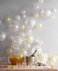 Balloons on the wall, event decor  belle maison