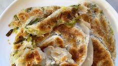 Two-ingredient shortcut spring onion pancakes | SBS Food Veg Recipes, Indian Food Recipes, Asian Recipes, Cooking Recipes, Asian Foods, Asian Cooking, Vegetarian Cooking, Vegetarian Recipes, Best Appetizers