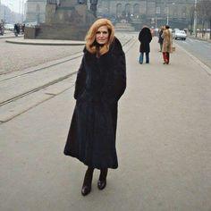 Dalida - á Prague (Décembre  1977) - Merci beaucoup pour @dalida_unseen!