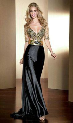 Gorgeous night dress.