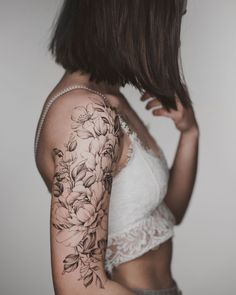 50 Arm Floral Tattoo Designs for Women 2019 - Page 19 of 50 - Tattoos Kunst Tattoos, Neue Tattoos, Body Art Tattoos, Tattoo Art, Print Tattoos, Trendy Tattoos, Small Tattoos, Cool Tattoos, Family Tattoos