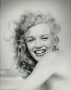 """Marilyn Monroe  """"Imperfection is beauty, madness is genius, and it's better to be absolutely ridiculous than absolutely boring.""""  --Marilyn Monroe"""