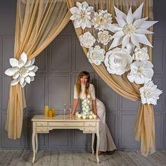 Large Paper Flowers-Giant Flowers-Paper Flower Backdrop-Wedding Decorations-Wedding Backdrop-Decorative Wedding Bloom-Large Flowers Decor