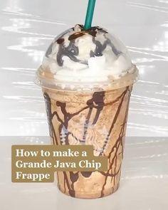 Comida Do Starbucks, Bebidas Do Starbucks, Starbucks Drinks, Starbucks Smoothie, Starbucks Coffee, Coffee Drink Recipes, Fun Baking Recipes, Recipe For Frappuccino, Starbucks Frappuccino Recipe Mocha
