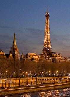 Eiffel Tower & Quai d'Orsay, Paris