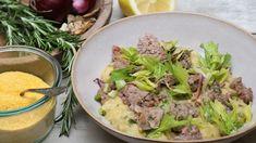 Polenta, Maisgrieß, ein einfaches Essen, das überwiegend in der südlichen Alpenregion gegessen wird. Aber verfeinert mit getrockneten Steinpilzen, Rosmarin und Fontinakäse und nicht zu wenig Butter wird die Polenta zum Gourmetessen.