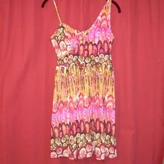 Charolette Russe multicolor dress with bra pads this dress has a super cute spaghetti strap and tank strap top with an A line cut. perfect for summer nights or a day at the beach! Charlotte Russe Dresses Mini