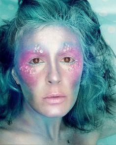 Mermaid makeup | Fantasy Halloween Inspiration « Read Less